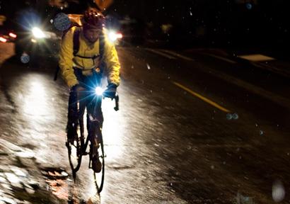 900mpg bike commuting in the rain